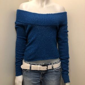 BCBGMAXAZRIA Sweater Size Small